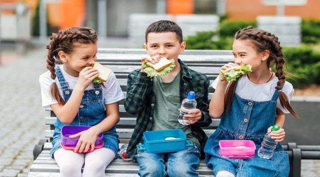 Çocuklar İçin Doğru Beslenme Yöntemleri