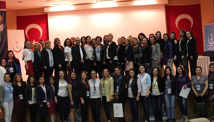 İzmir'de Kuzey Hemşirelik Kongresi Düzenlendi
